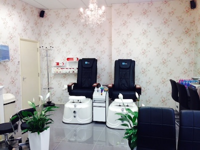 02Pedicure chair victoria nails spa.jpg